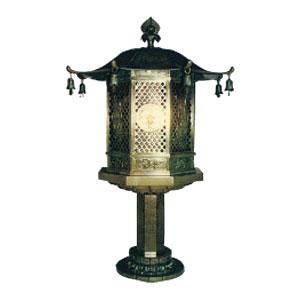 八角型一本燈籠